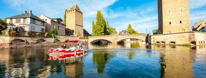 Discover the Petite France on our electrics boats