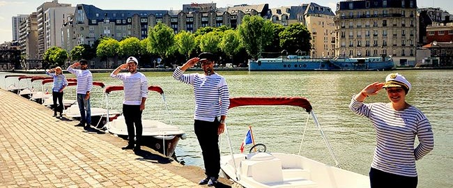 Boating in Paris with Marin D'Eau Douce for your incentive days